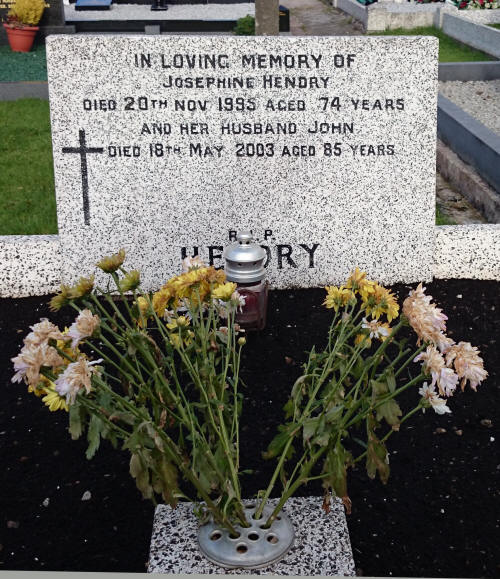 Hendry J Grave ngy