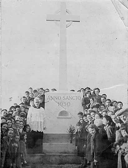 The Holy Year Cross 1950 - PP Father McGlynn
